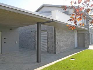 Villa a|m:  in stile  di A ZERO STUDIO