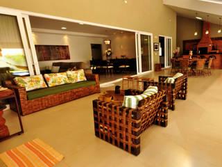 Casa Damha 1 Casas rústicas por Referencia Solucoes Arquitetonicas e Ambientais Rústico