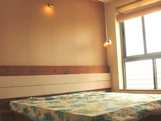 Chambre moderne par GREEN HAT STUDIO PVT LTD Moderne