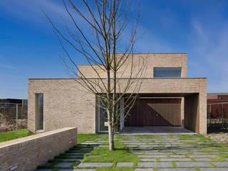 villa N VAN ROOIJEN ARCHITECTEN Moderne huizen