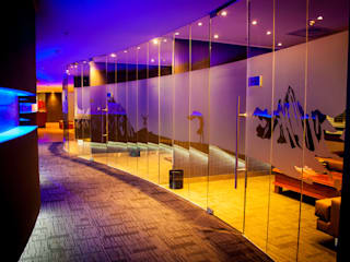 Modern walls & floors by Resurface Graphics Modern