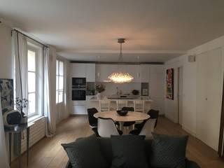 Salas de estilo moderno de espaces & déco Moderno