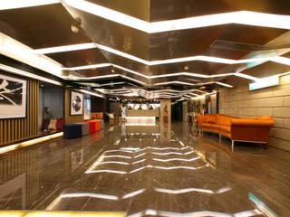 Hotéis modernos por 大也設計工程有限公司 Dal DesignGroup Moderno