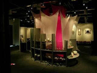 Centros de exposições asiáticos por 大也設計工程有限公司 Dal DesignGroup Asiático