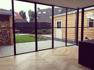 Dubbel woonhuis Laren: modern  door LJW Architectuur, Modern