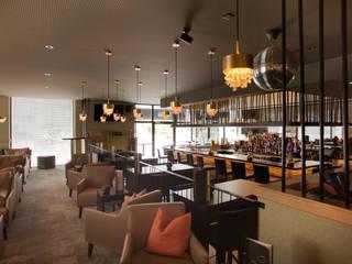Bar/Lounge La Piazza | niederuzwil Moderne Bars & Clubs von einfall7 GmbH Modern