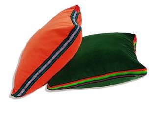 Poduszki bawełniany aksamit, butelkowa zieleń, czerwień: styl , w kategorii  zaprojektowany przez FOLKA