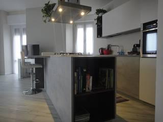 CASA FUSION Cucina moderna di studionove architettura Moderno