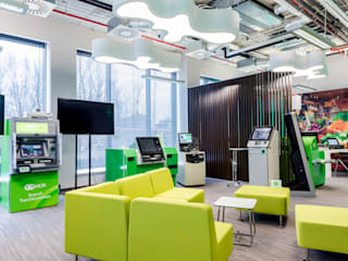 NCR HQ in Poland od TiM Grey Interior Design