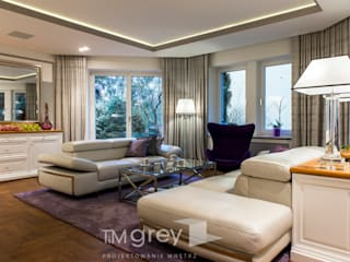 Living room by TiM Grey Interior Design