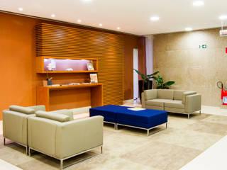 Espaços Corporativos Espaços comerciais modernos por Hplan arquitetura e gerenciamento de obras Moderno