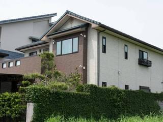 耐震節能健康住宅型綠建築在台灣實現 現代房屋設計點子、靈感 & 圖片 根據 日本新日鐵台灣公司 現代風