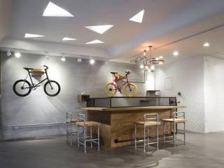 Kantor & Toko Gaya Industrial Oleh 衍相室內裝修設計有限公司 Industrial