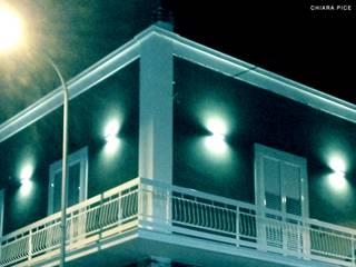 Prospetto esterno: Case in stile in stile Moderno di chiarapice studio