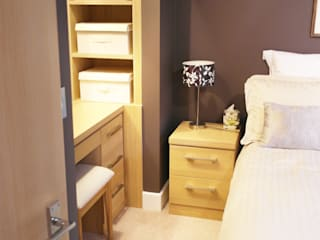 Highbury Patience Designs Studio Ltd Modern style bedroom