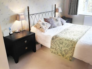 Ickenham Patience Designs Studio Ltd Classic style bedroom