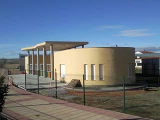 ALZADO SUR ESTE: Casas de estilo  de ESTUDIO DE ARQUITECTURA FEDERICO GALVAN