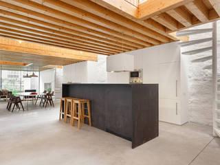 Cocinas minimalistas de a*l - alexandre loureiro arquitectos Minimalista