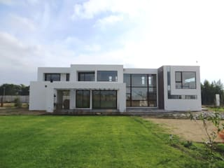 Casa PW Casas estilo moderno: ideas, arquitectura e imágenes de Moreno Wellmann Arquitectos Moderno