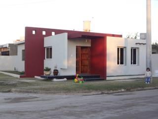 Casa Molina: Casas de estilo moderno por Arq. Gerardo Rodriguez