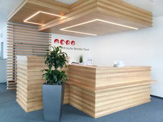 modern  by einfall7 GmbH, Modern