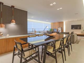 Sala de Jantar: Salas de jantar  por Botti Arquitetura e Interiores-Natália Botelho e Paola Corteletti
