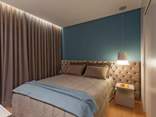 Botti Arquitetura e Interiores-Natália Botelho Cuartos de estilo moderno Tablero DM Azul