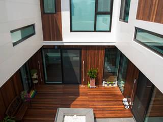 울산 주택 : Design Guild의  주택