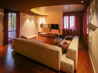 现代客厅設計點子、靈感 & 圖片 根據 davide pavanello _ spazi forme segni visioni 現代風