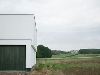 house PH-E:  Houses by Niko Wauters architecten bvba