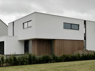 house WM-H:  Houses by Niko Wauters architecten bvba