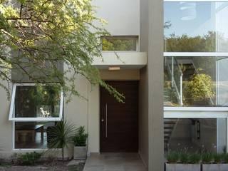 VIVIENDA UNIFAMILIAR Casas modernas: Ideas, imágenes y decoración de LOSADA ARQUITECTURA Moderno