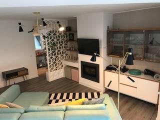 Open space sala e cozinhae: Salas de estar ecléticas por TCelements
