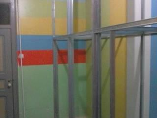 Guarda Fato em Pladur:   por CONSTRUTEC Remodelações