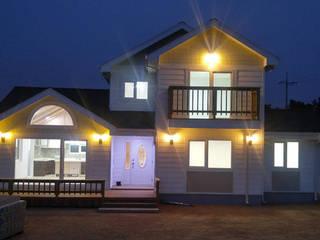 Moderne Häuser von Goodhaus Modern