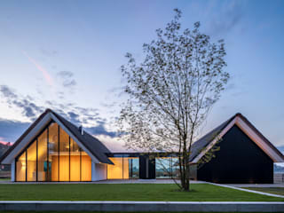 Maas Architecten Modern houses