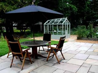 Garden patio with garden furniture: modern Garden by Colinton Gardening Services - garden landscaping for Edinburgh