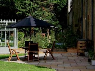 Garden patio with good entertainment space, close to house.: modern Garden by Colinton Gardening Services - garden landscaping for Edinburgh