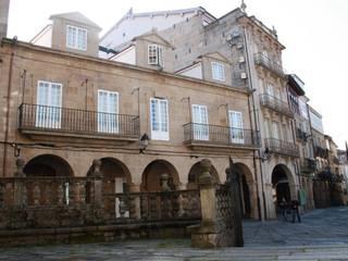 """Rehabilitacion """"Hogar del Transeuente"""": Casas de estilo moderno de LOPEZ y NOYA arquitectura y urbanismo"""