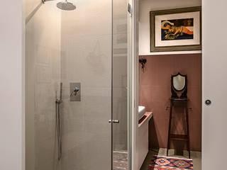 studioQ Eclectic style bathrooms