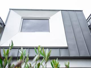 모던스타일 주택 by Amélie Jodeau Architecte 모던