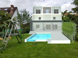 Maison et Jardin après Projet de transformation:  de style  par Luxury Interiors