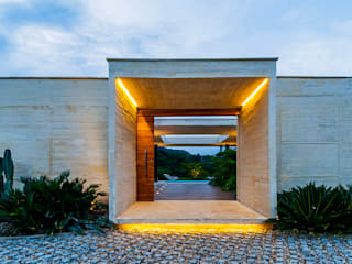 Nhà by Arquitectura en Estudio