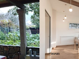 Vista antes_despues de la zona de comedor:  de estilo  de MAGA - Diseño de Interiores