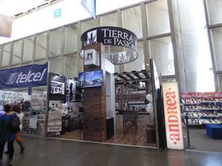 Stand Feria 2017:  de estilo  por INTERPRIKA