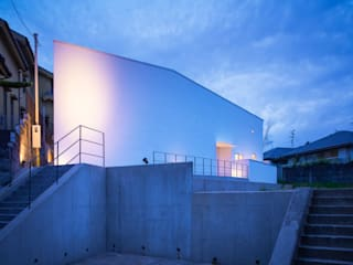 千里山の2世帯住宅|外観: 奥和田健建築設計事務所|okuwada architects officeが手掛けた家です。