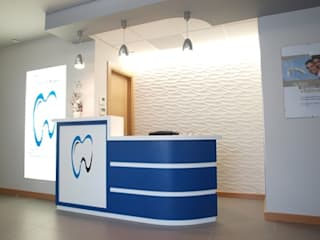 mostrado: Salas multimedia de estilo moderno de Muneta Arquitectura S.L.P.