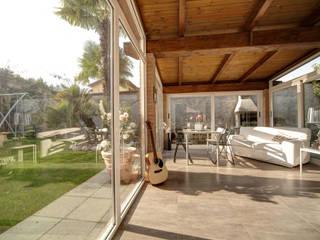Interior Design Balcone, Veranda & Terrazza in stile moderno di I.D. Interior Design Moderno