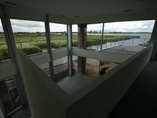 Modern Living Room by buro voor advies en architectuur pieter e. bolhuis Modern