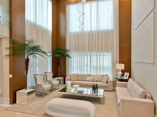 Living room by Designer de Interiores e Paisagista Iara Kílaris